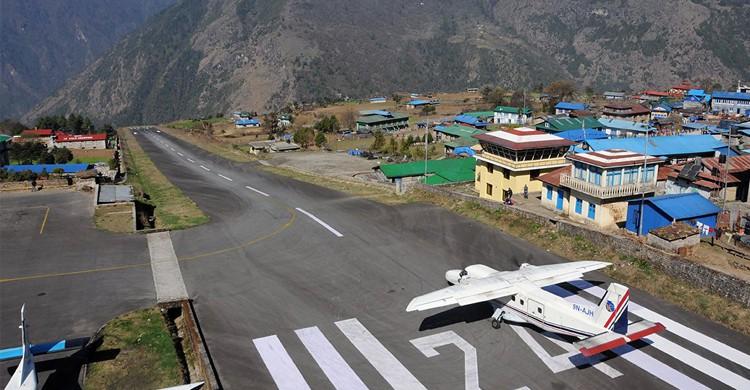 Aéroport de Lukla, Népal