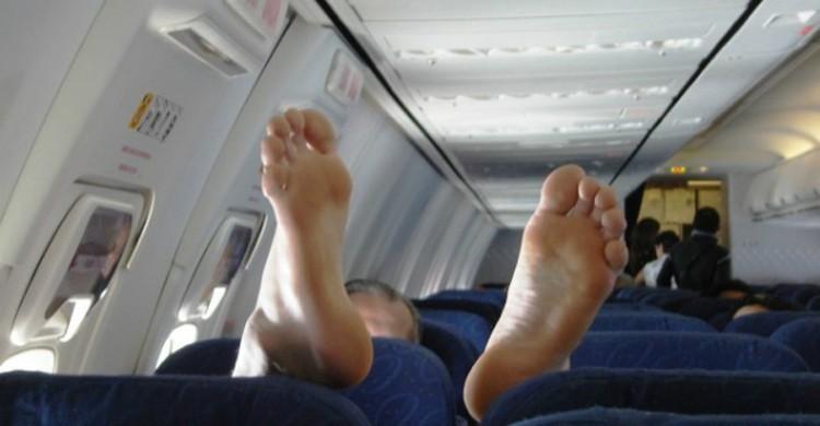 Pied dans l'avion