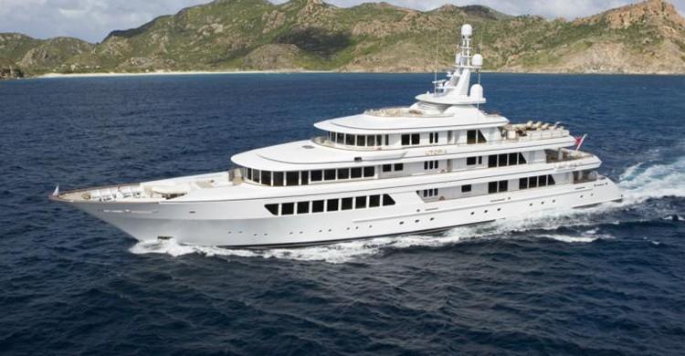 Yacht Utopia