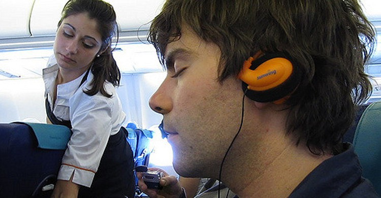 Dormir en avion - flickr