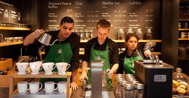 Starbucks à Amsterdam - businessinsider.com