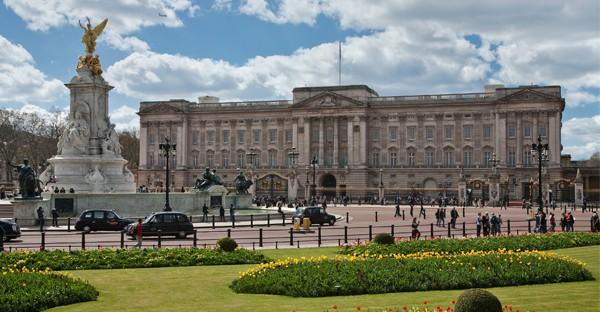 Buckingham_Palace- Londres