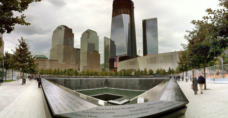 World Trade Center Memorial - nycpano.com