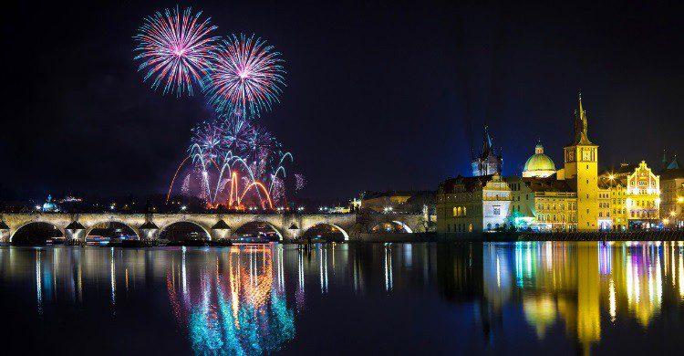 Feu d'artifice à Prague - gornostaj