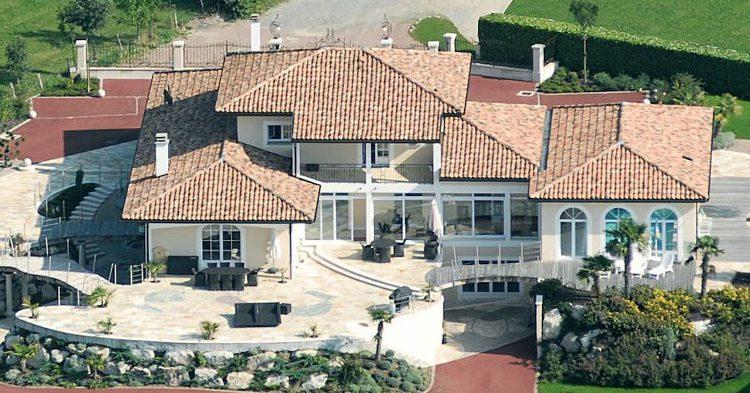 Villa d'exception & panorama unique Lyaud, Rhône-Alpes, Airbnb
