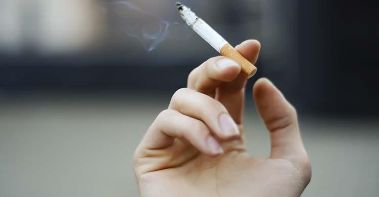 Fumer (iStock)