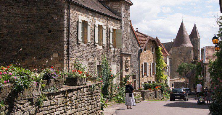 Châteauneuf-en-Auxois (Flickr)