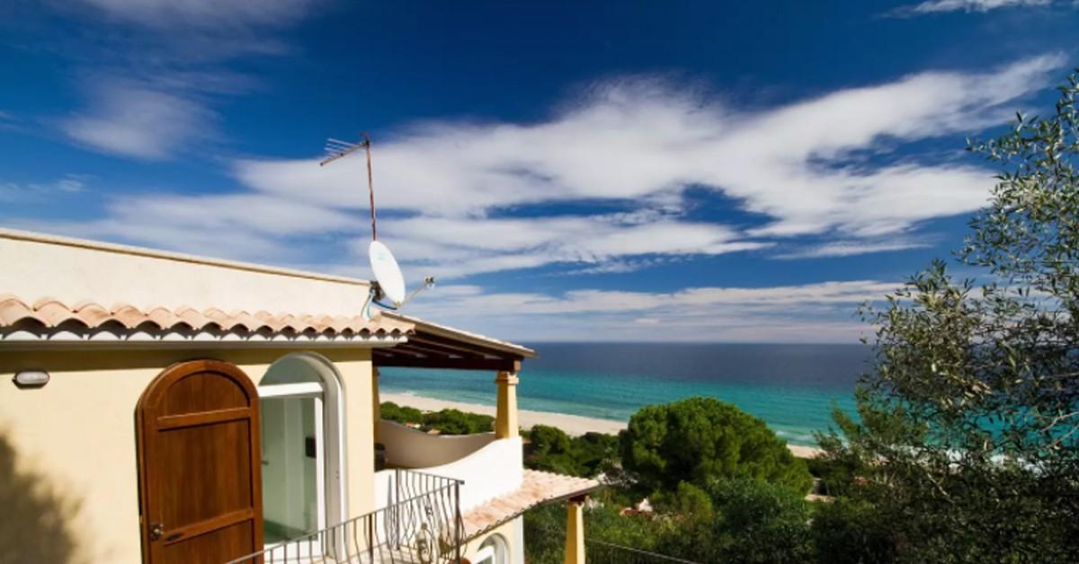 10 superbes villas sur airbnb maximum 80 le globe trotteur. Black Bedroom Furniture Sets. Home Design Ideas
