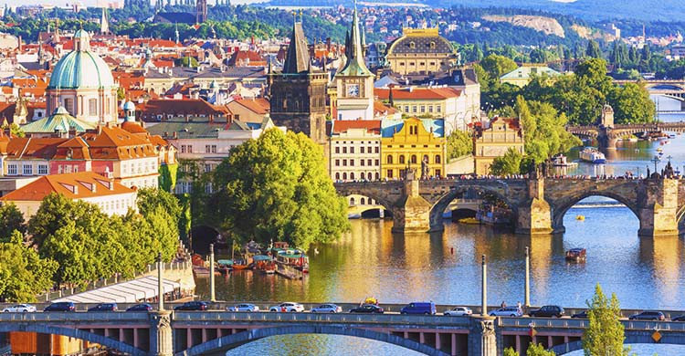Prague (iStock)