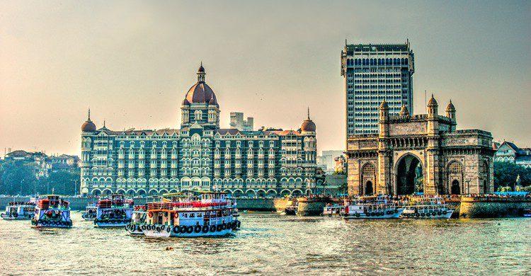 Vue sur Porte de l'inde et le TajMahal Hotel (Istock)