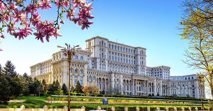 Vue sur le palais présidentiel de Bucarest en Roumanie (Istock)